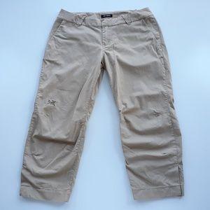 Arc'teryx A2B Commuter Chino Capri Pants Size 10